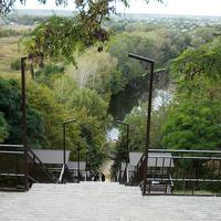Лестница к реке Северский Донец
