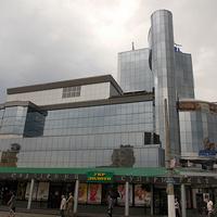 Здание ювелирного супермакета