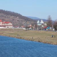 Река  Латорица и Свято-Николаевский монастырь