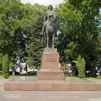 Памятник королью Данилу Галицкому