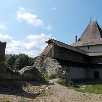 Руины Старостинского замка