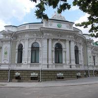 Отделение сбербанка на улице Суворова