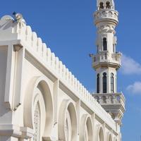 Мухаррак. Мечеть.