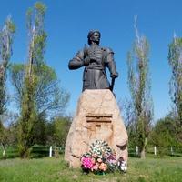 Памятник Максиму Зализняку