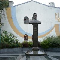 Памятник Симону Петлюре