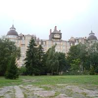 Здание  в городе Ровно