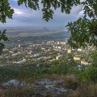 Вид на город с горы Машук