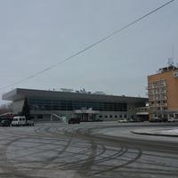 Площадь у речного вокзала
