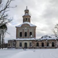 Троицкая церковь в с. Раменье Куменского района Кировской области.