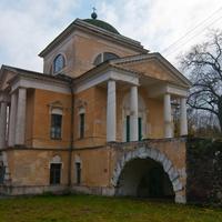 Троицкая церковь в Прямухино