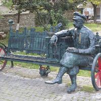 Скульптура в городе