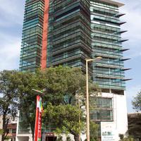 Офисное здание на площади Соуэто