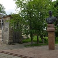 Памятник Андрееву В.В.