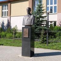 Памятник майорау авиации Александру Епанешниковау