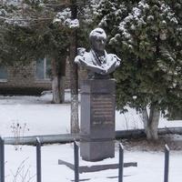 Памятник Е.О. Мухину