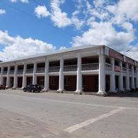 Здание на центральной площади