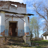 Большой Борок, руины усадьбы, крыльцо