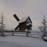 """Музей деревянного зодчества """"Малые Корелы"""""""