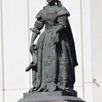 Памятник Елизавете Птеровне.