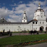 Свято-Успенский Свияжский мужской монастырь