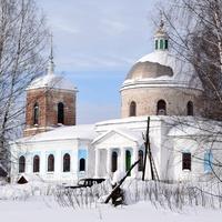 Спасская церковь в с. Спасо-Заозерье Зуевского района Кировской области