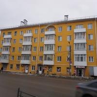 На улице Дзержинская.
