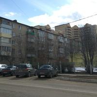 Пятиэтажка на Горького