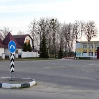 д. Ясень. Площадь Ленина.