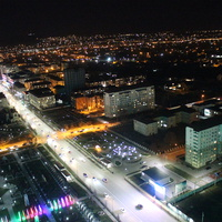 Ночной вид со смотровой площадки Грозного-Сити.