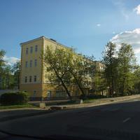 Бывший Мосрыбокомбинат, админестративное здание 1937 года. Аренда офисных и складских помещений.
