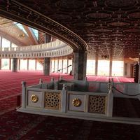 В мечети имени Аймани Кадыровой.
