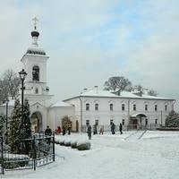Полоцк. Спасо-Ефросиниевский монастырь. Надвратная колокольня