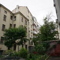 Внутриний двор домов Пушкарева 6 и 8