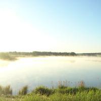 Утренний туман над дамбой.