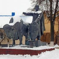Каменец. Памятник основателю Каменца волынскому князю Владимиру Васильковичу