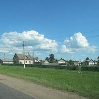 Дома деревни Ольшаники-2