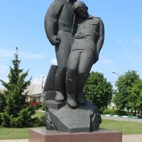 Памятник героям битвы под Прохоровкой.