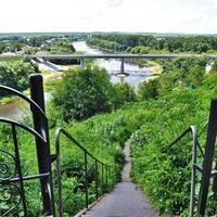 Вид из парка. Мост через реку Быстрая Сосна. 2019.