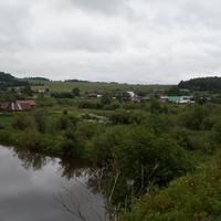 Панорама села, фото от кладбища, с другой стороны пруда.