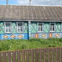 и красивый деревенский дом