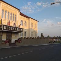 Готель на проспекті Суворова.