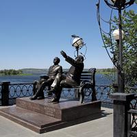 """Памятник Ю.Гагарину и С.Королеву """"Перед полетом"""""""
