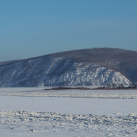 Вид на зимний Амур с набережной