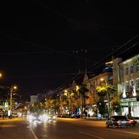 Ночной проспект Революции