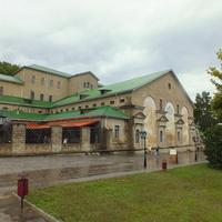 Историческое здание винзавода Абрау- Дюрсо