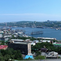 Бухта Золотой Рог в районе Дальзавода