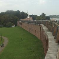 Крепостная стена между Дворцовой башней и звонницей