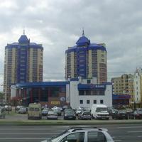 Высотки на улице Стафеева
