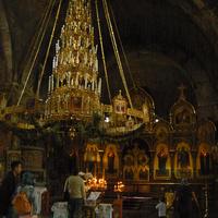 Свято-Николаевский гарнизонный собор. Внутри голые кирпичные стены, никаких росписей и даже штукатурки