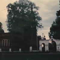 Никольский храм в селе Ново-Загарье. 1994г.